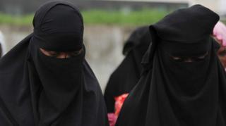 Vazi la Hijab ni haki kwa wasichana wa Kiislamu kulivaa