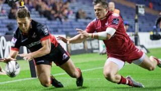 Michael Allen touches down Edinburgh's first try