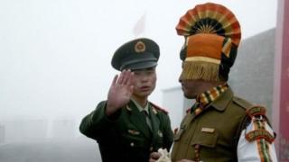 ทหารอินเดียและจีน