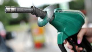 Au Tchad, le prix du litre d'essence a augmené de 47 francs CFA, celui du litre de gasoil de 22 francs.