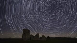 كرانبورن تشيس ذات الجمال الطبيعي الخلاب هي المنطقة رقم 14 في العالم التي تدخل الاحتياطي العالمي للسماوات السوداء