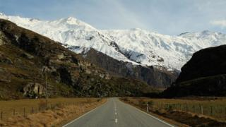 A road leads to Mt Aspiring