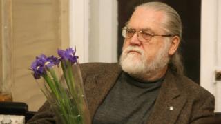 Богдан Жолдак з квітами