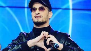 Une bousculade a fait 'cinq' morts lors d'un concert de Soolking à Alger.