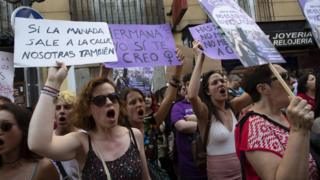"Protesters in Madrid show their anger at the release of five men for the ""Wolf pack"" gang attack (22 June)"