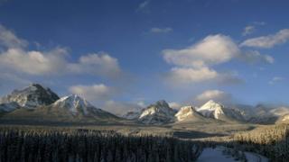 Канада, снежные горные вершины