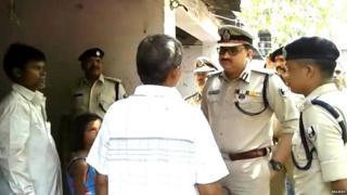 પોલીસકર્મીઓ