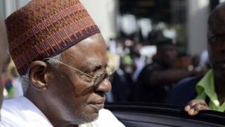Shehu Shagari, âgé de 91 ans, est l'un des six ex-chefs d'Etat du Nigeria encore en vie.