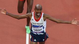 Bingwa wa medali za dhahabu katika mbio za mita 10,000 na 5,000 katika mashindano ya Olimpiki mjini Rio Mo Farah