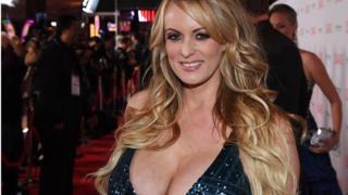 Порноакторка Стефані Кліффорд стверджувала, що мала роман з Дональдом Трампом