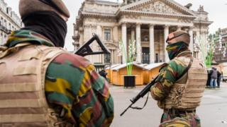 Soldiers patrol streets in Brussels