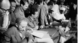 Firma del acuerdo de paz entre Marruecos y Argelia