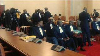 Lawyers bin do meeting for dia constitutional council