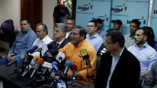 Conferencia de prensa de la Mesa de la Unidad Democrática