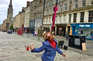 What was Edinburgh's Royal Mile like without the festivals? thumbnail