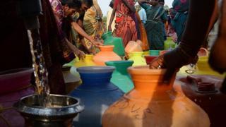 தண்ணீர் இல்லை - சென்னையில் 60 சதவீத ஓட்டல்கள் மதிய உணவை நிறுத்த முடிவு