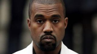 Foto de Kanye West vuelve a despertar controversia.