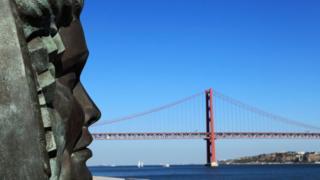 Portekiz fado heykeli