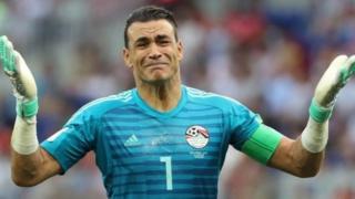 أصبح الحضري أكبر لاعب يشارك في كأس العالم بعمر 45 عاما و161 يوما