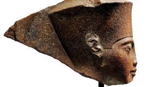 Бюст Тутанхамона
