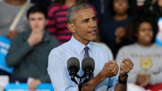 Обама на митинге сторонников Хиллари Клинтон