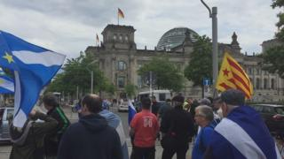 Independence rally outside the Reichstag