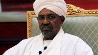 Bwana Bashir w'imyaka 75 y'amavuko, yageze ku butegetsi mu mwaka wa 1989 binyuze mu ihirika ry'ubutegetsi (Coup d'État) ryakozwe n'abasirikare