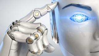 kafasına dokunan insansı robot