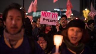 ชาวเกาหลีใต้ประท้วงไล่ประธานาธิบดี