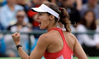 Martina Hingis en la final de dobles femenino