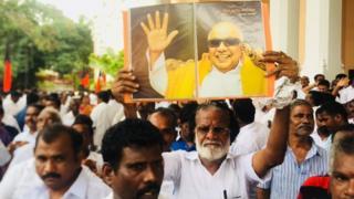 திமுக தலைவரானார் ஸ்டாலின்: உற்சாகத்தில் கட்சித் தொடர்கள்