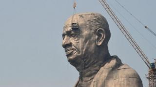 Patung pemimpin kemerdekaan India, Sardar Vallabhbhai Patel, setinggi 182 m.