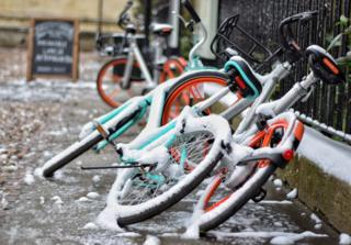 Bikes in Oxford going nowhere in the snow