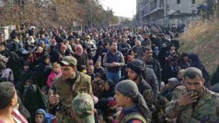سكان حي الصالحين في شمال حلب