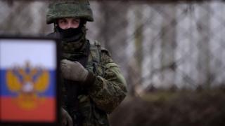 россйский солдат в крыму