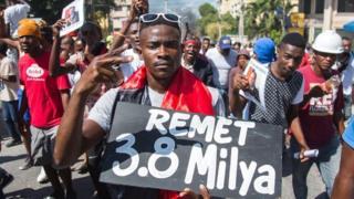 Los haitianos se preguntan por el destino de US$3.800 millones.