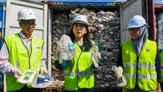 Malaysian-Environment-minister-says-they-will-send-waste-back-to-where-it-came-from