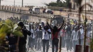 """Le peuple gabonais ne mérite pas ça"""", a précisé Jean Ping faisant référence au vote pour le candidat Bongo dans la province du Haut-Ogooué,"""