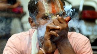 """الهند تسمح ببيع نبات مخدر """"مقدس"""""""