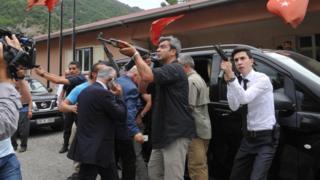 Kılıçdaroğlu konvoyuna saldırı