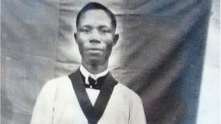 Alphaeus Taiwo Olunaike, tí gbogbo èèyàn mọ̀ sí alájọ Sómólú,