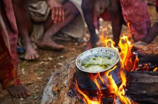 Boiling leaves