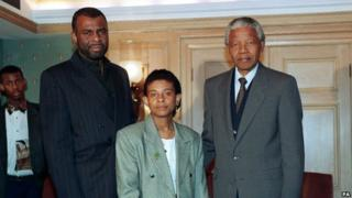 Lawrence family with Mandela