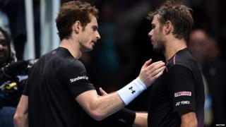 Andy Murray and Stan Wawrinka shake hands at the net