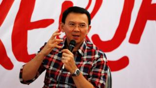 "Jakarta Governor Basuki ""Ahok"" Tjahaja Purnama speaks while campaigning for the upcoming election for governor in Jakarta, Indonesia November 15, 2016"