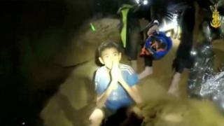 Thailand children trapped in caves