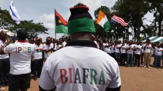 IPOB people dey protest for street