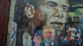 Mural con Barack Obama y Donald Trump