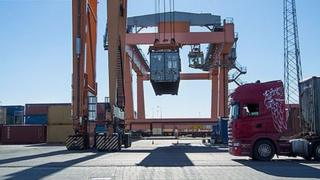 Container crane in action