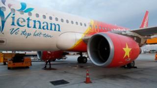 """đại diện hãng hàng không Vietjet nói """"rất lấy làm tiếc và chân thành cáo lỗi"""""""